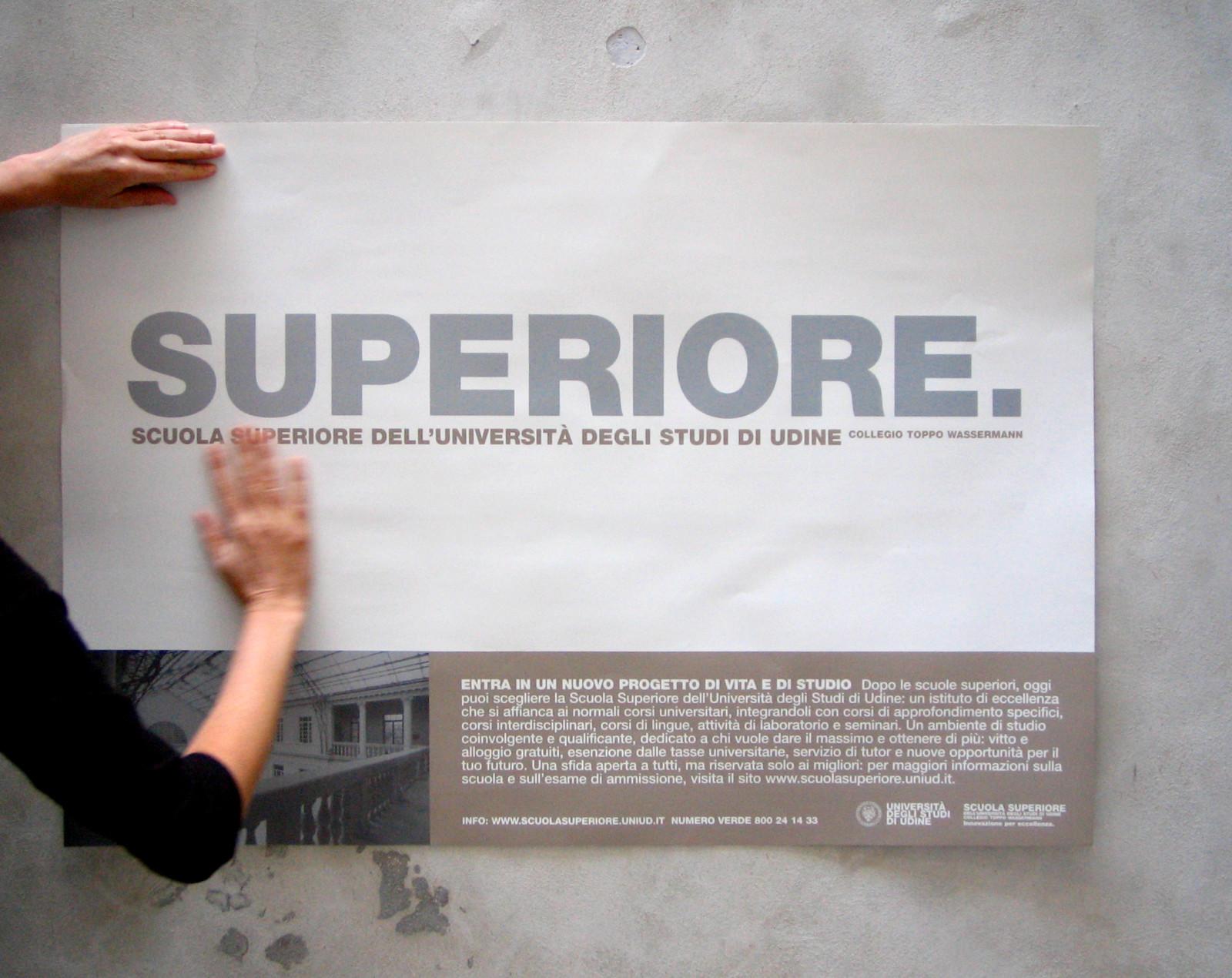 poster superiore